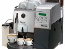 Le barista infatigable de votre cuisine - une machine à café en grain
