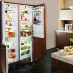 Le réfrigérateur intégré est magnifique et très confortable.