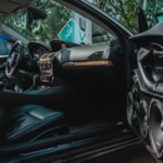 Comment régler correctement le volume d'un subwoofer dans une voiture